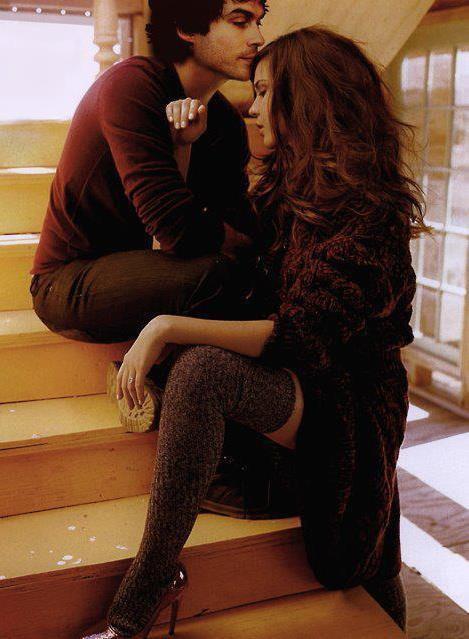 Katherine pierce gif damon salvatore tvd damon stefan for Damon y elena