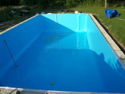 Liner 5 construction de ma piscine for Rail pour liner piscine